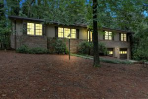 New Today! Immaculate Ranch ~ Great Marietta Location